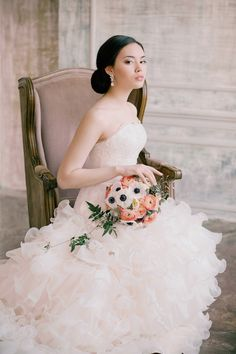 European-style bridal session | Irina Klimova Photography | see more on: http://burnettsboards.com/2014/09/beauty-flower-exquisite-bridal-editorial/