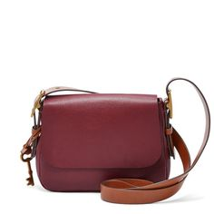 Holiday Gift Ideas 2016 | A casual saddle bag. Harper Small Saddle Bag, $148; at Fossil | Sponsored by FOSSIL
