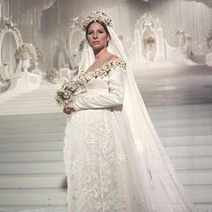 """Funny Girl"" Fanny Brice (Barbara Streisand) - Beautiful Bride (I love… Movie Wedding Dresses, Popular Wedding Dresses, Wedding Movies, Wedding Dress Styles, Wedding Scene, Wedding Veil, Lace Wedding, Funny Girl Musical, Funny Girl Movie"