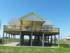 House vacation rental in Crystal Beach from VRBO.com! #vacation #rental #travel #vrbo  #343352