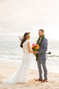 Daymis and Jamie had a beautiful and intimate Maui Beach Elopement on the southside of the island, hence the name of this location. Beach Wedding Attire, Beach Elopement, Wedding Pics, Beach Wedding Locations, Wedding Venues, Vera Wang Wedding, Maui Beach, Maui Weddings, Floral Wedding
