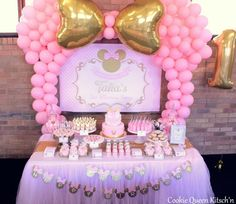ideas for baby shower ideas pink minnie mouse Minnie Mouse Party, Festa Mickey Baby, Minnie Mouse Decorations, Minnie Mouse First Birthday, Baby Girl 1st Birthday, Minnie Mouse Pink, Mouse Parties, Birthday Party Decorations, Birthday Parties