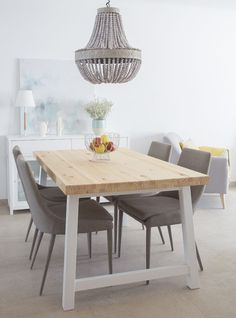 Get the modern farmhouse dining room decor ideas from the table, lighting, chairs, and more. Farmhouse Dining Room Table, Dining Room Table Decor, White Dining Chairs, Dining Room Walls, Dining Room Design, Kitchen Decor, Room Decor, Interior Design Living Room, Interior Livingroom