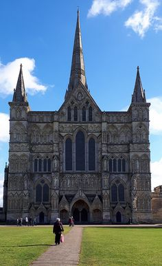 The West Front of Salisbury Cathedral, Wiltshire. Salisbury Cathedral, Special Images, Barcelona Cathedral, Around The Worlds, Building, Places, Pictures, Travel, Photos