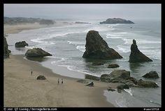 beach & rock needles   II   Bandon, Oregon. I repined this from http://www.terragalleria.com/photo/?id=usor37718=sandy-beaches=n=101
