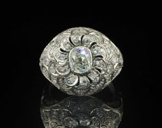Magnificent Art Deco 2.75 Ct diamond rare platinum ring