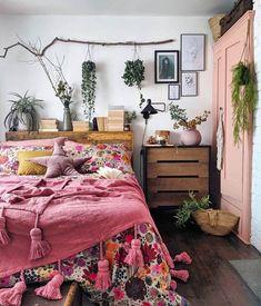 Awesome Bohemian Bedroom Designs and Decor - Bohemian Home Bedroom Bohemian Bedroom Design, Modern Bedroom Design, Bedroom Designs, Bohemian Bedrooms, Bohemian Decor, Home Design, Home Interior Design, Design Ideas, Home Bedroom