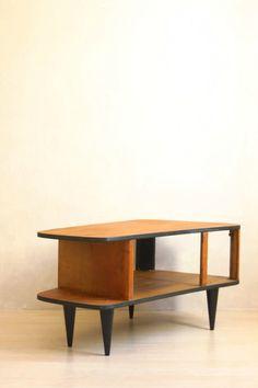 L'ORIGINALE TABLE BASSE DES ANNÉES 50