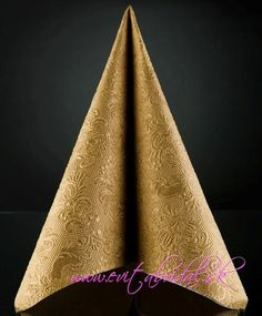 ♥ SERVÍTKY RELIÉFNE   Reliéfne servítky 33x33cm   Servítky reliéfne zlaté 33x33cm   Svadobné dekorácie, svadobná výzdoba a doplnky - Organza, satén, tyl