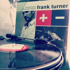 #frankturner #positivesongsfornegativepeople #audiophile #nowspinning #vinyllove #vinyljunkie #vinylcollection #turntable #vinyligclub #vinyl #recordcollector #vinylporn #analog #instavinyl #vinyloftheday #vinil #record #soundtrack #vinylrecords #vinyladdict #vinylcollectionpost #vinylgourmet #music #vinylclub #lp #vinilo #musica #audio #ahwd1977 by aaron.davies1977