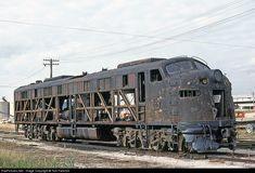 Abandoned Ships, Abandoned Train, Abandoned Places, Ho Trains, Model Trains, Steam Trains Uk, Railroad Photography, Rail Car, Train Pictures