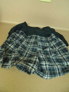 BOYS BOXERS 4 TODDLER. 2 PAIR.. HANES. NEW