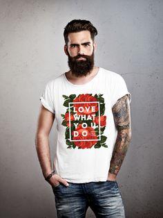 Дизайнерская футболка с цветочным принтом!