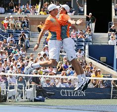 #Bryan Brothers bump after winning the U.S. Open #Tennis doubles title.  AP Photo/Charles Krupa