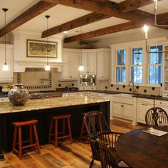 microwave in the corner  Kitchen 9 foot ceilings Design Ideas, Pictures, Remodel and Decor