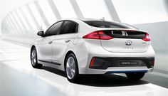 Voiture hybride : la berline Hyundai IONIQ fera ses débuts européens en mars 2016, à l'occasion du salon de Genève