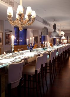 Restaurant A'TREGO by STARCK :: Stunning countertop, mixed lighting