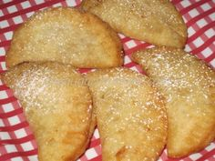 Mini Fried Pineapple Pies - Now who doesn't like a fried pie? A mini pineapple one to boot! Using my Aunt Paula's pineapple pie filling, why not stuff it into mini pies. I do love everything trial size. I'm certain you could make these with any flavor of filling you like.