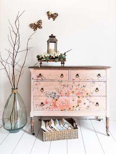Flower transfers for furniture Spring vintage dresser makeover Floral Furniture, Recycled Furniture, Refurbished Furniture, Paint Furniture, Furniture Projects, Vintage Furniture, Home Furniture, Furniture Design, Furniture Online