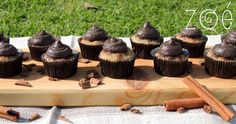 #zoebakes #cupcakes #bananacupcakes #picnic
