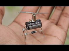 How to make Vibrating Helicopter - with Capacitor Electronics Mini Projects, Computer Projects, Electronic Circuit Projects, Electrical Projects, Cool Electronics, Electrical Wiring, Bartop Arcade, Flying Drones, Cool Inventions