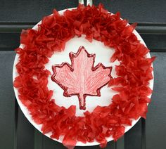 June art For Canada day. The kids will have a blast making their very own patriotic decorations for Canada Day this year. Poppy Craft For Kids, Easy Crafts For Kids, Summer Crafts, Toddler Crafts, Holiday Crafts, Craft Kids, Canada Day Party, Remembrance Day Activities, Remembrance Day Poppy