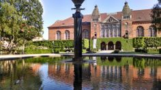 Det Kongelige Bibliotek - Den Sorte Diamant in København K, Region Hovedstaden.  Great Garden and reading rooms