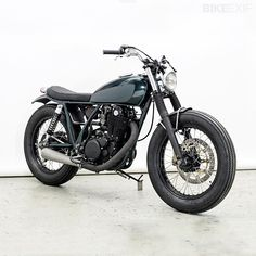 I love the 70's bikes like he SR400/500 because of their pure simplicity. This one is a great example with a slight modern touch. 1978 Yamaha SR500 Monkee #10 by Wrenchmonkees via Top 5 Yamaha SR500s | Bike EXIF