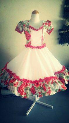 Resultado de imagen para lorena catalan vestidos de cueca Dance Outfits, Dance Dresses, Girls Party Wear, Baby Dress Patterns, Kids Frocks, Frock Design, Edwardian Dress, Sweet Dress, Baby Girl Dresses