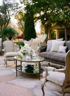 stylish and comfortable wedding reception lounge area ideas