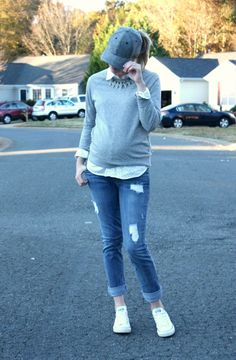 A ball cap, sweatshirt...& the entire neighborhood parked behind me. #maternity #pregnancy #thirdtrimester
