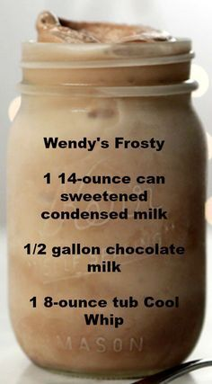 Chocolate Frosty Recipe Wendy's Frosty ~ An easy and delicious Homemade Take on Wendy's Frosty.Wendy's Frosty ~ An easy and delicious Homemade Take on Wendy's Frosty. Yummy Drinks, Healthy Drinks, Delicious Desserts, Yummy Food, Dessert Recipes, Kid Drinks, Food And Drinks, Copycat Recipes Desserts, Sweet Recipes