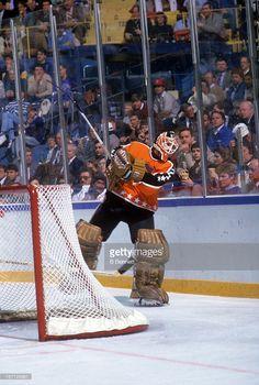 Flyers Hockey, Hockey Goalie, Hockey Games, Ice Hockey, Nhl All Star Game, Who Plays It, Hockey Boards, Goalie Mask, Philadelphia Flyers