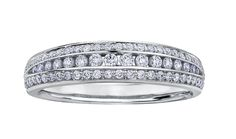his stunning design is manufactured in nickel-free 18kt gold palladium  alloy that allows the jewellery to maintain that bright, white, platinum  like colour for years to come.