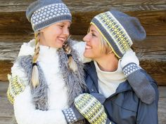 Sticka mössa med rundsticka gratis mönster Knit Mittens, Mitten Gloves, Knitted Hats, Baby Barn, Fair Isle Knitting Patterns, Funny Hats, Textiles, How To Start Knitting, Fair Isles