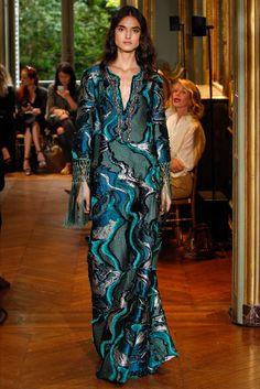 Sfilata Alberta Ferretti Limited Edition Parigi - Alta Moda Autunno-Inverno 2016-17 - Vogue