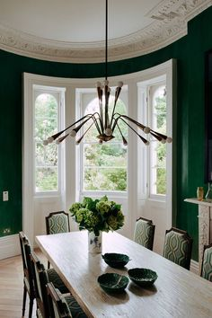The interiors of this house by Maddux Creative are a lesson in modern grandeur [i]The dining room is painted in a rich emerald green, a statement light hangs over the dining table. Decor, Dining Room Victorian, Dining Room Design, Interior, Dining Room Decor, Dining Light Fixtures, Dining Room Lighting, Modern Dining Room, Green Dining Room