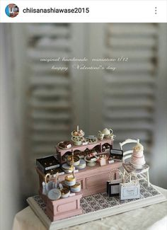 1:12 Dollhouse Miniature Furniture Accessories Flora Alarm Clock Non-working ♫