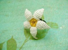 beaded flower ring. Craft ideas from LC.Pandahall.com  #pandahall