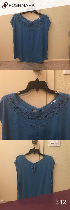 Lauren Conrad blouse Blue Lauren Conrad blouse. NWOT. Perfect condition. Size XL Tops Blouses
