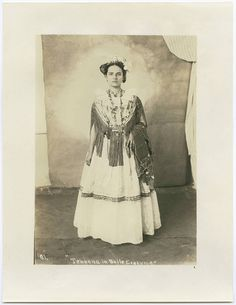 Tehuana in baile costume by SMU Central University Libraries, via Flickr