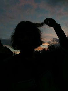 📷 Photography 🧡 Hands and Fingers 👌 Shadow Photography, Tumblr Photography, Girl Photography Poses, Creative Photography, Sky Aesthetic, Aesthetic Photo, Aesthetic Pictures, Ft Tumblr, Foto Portrait