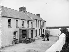 An Autocycle | Flickr - Photo Sharing!  National Library of Ireland ca. 1910