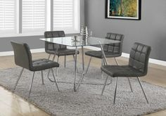 Amazing and super confortable dining chairs, available in gray white and black  Chaise pour la salle à manger extrêmement confortables et toujours abordables!