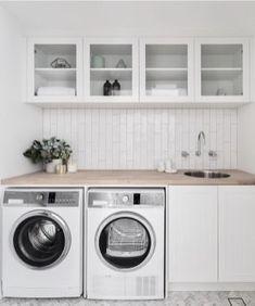 Modern farmhouse laundry room ideas (28)