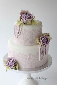 Emmas KakeDesign: Vintage Lavender wedding cake! www.emmaskakedesign.blogspot.com
