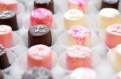 Easy and adorable decorated marshmallows - for any party