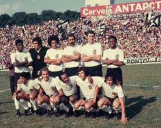 Uma das formações do Corinthians em 1974. Em pé- Zé Maria, Buttice, Tião, Brito, Baldochi e Wladimir. Agachados- Vaguinho, Lance, Zé Roberto, Pitta e Peri.