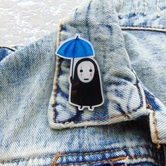 Acrylic Brooch Pin No-Face Kaonashi Man In The Rain with