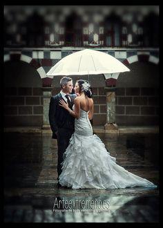 Enrique Gil Fotógrafo de bodas: - ¿Y si llueve...?, ¿Qué?...., - Sin problemas